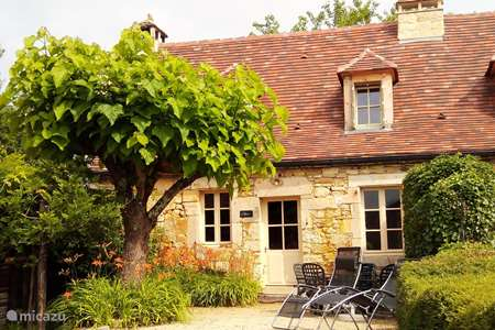 Vacation rental France, Dordogne, Simeyrols holiday house Lo Pertsorio (4p), Les Bernardies