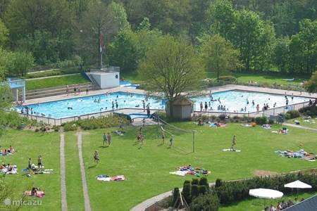 Zwembad bakkeveen