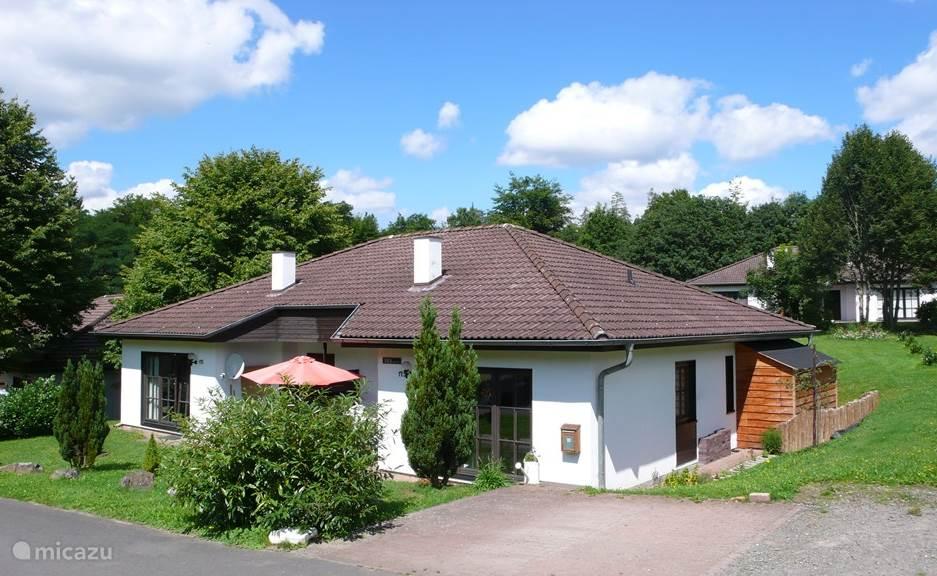 Vakantiehuis Duitsland, Sauerland, Frankenau vakantiehuis Bienvenue: luxe huis, privé sauna