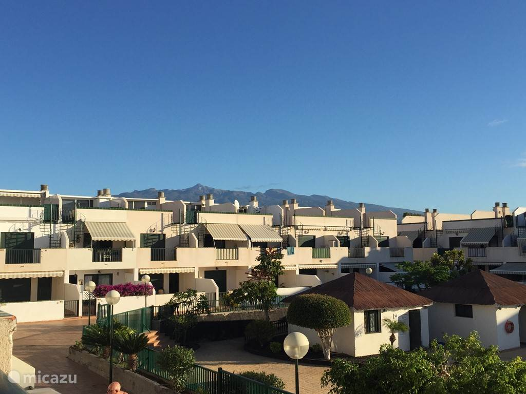 Uitzicht vanop het terras naar El Teide