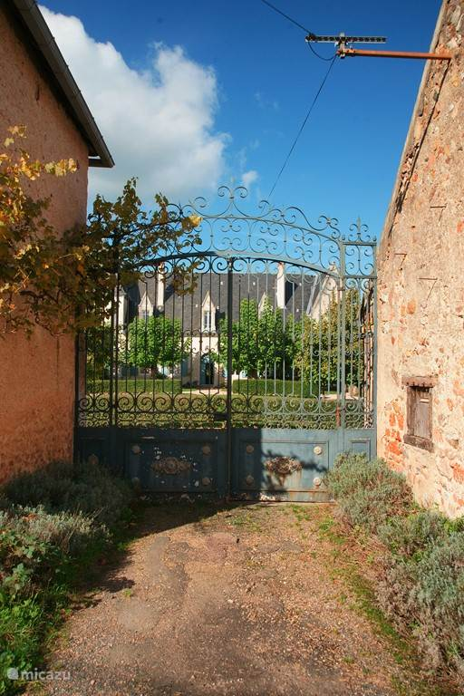 Vakantiehuis Frankrijk, Allier, Le Breuil Landhuis / Kasteel Chateau Beaupoirier