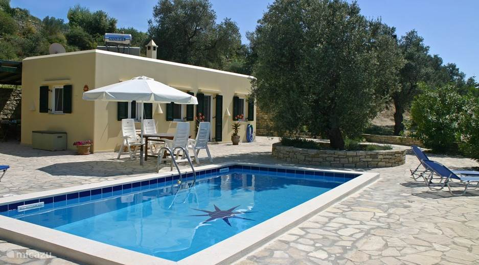 Vacation rental Greece, Crete, Kamilari - villa Villa Ilios detached villa