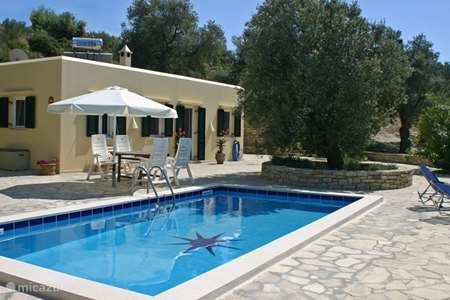Vacation rental Greece, Crete, Kamilari villa Villa Ilios detached villa