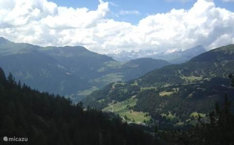 Vakantiehuis Zwitserland, Graubünden, Lantsch-Lenz Appartement Haus Piz Linard