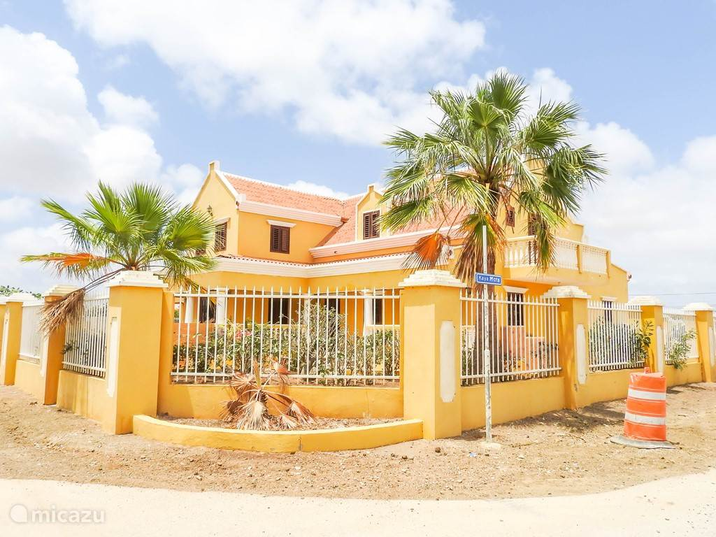Vacation rental Bonaire, Bonaire, Kralendijk bed & breakfast Mansion Belnem