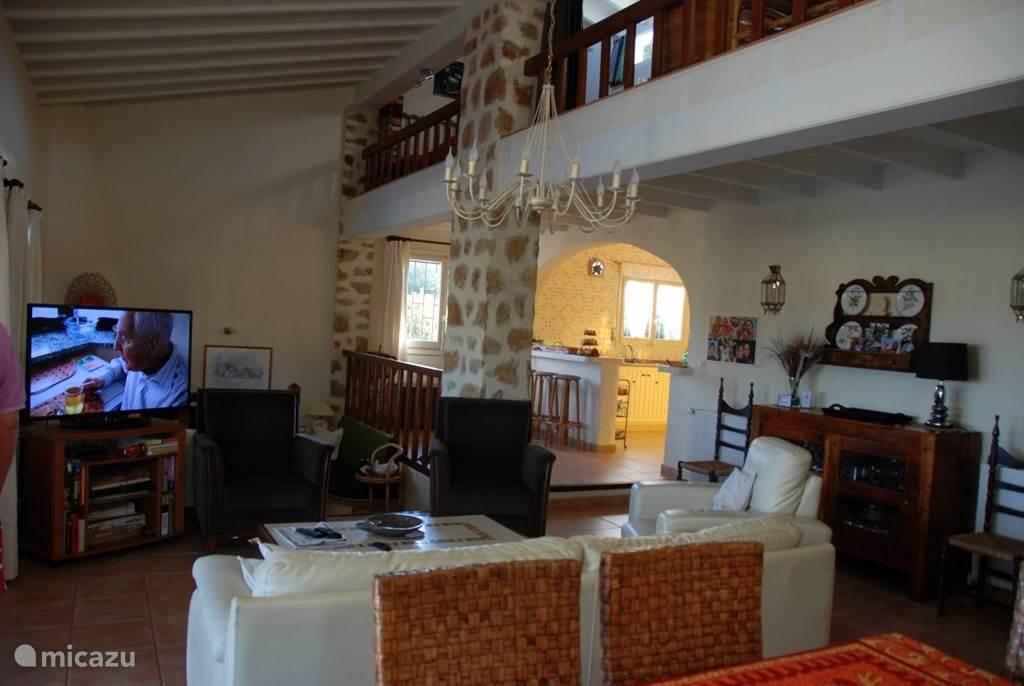 een gedeelte van de woonkamer van de finca