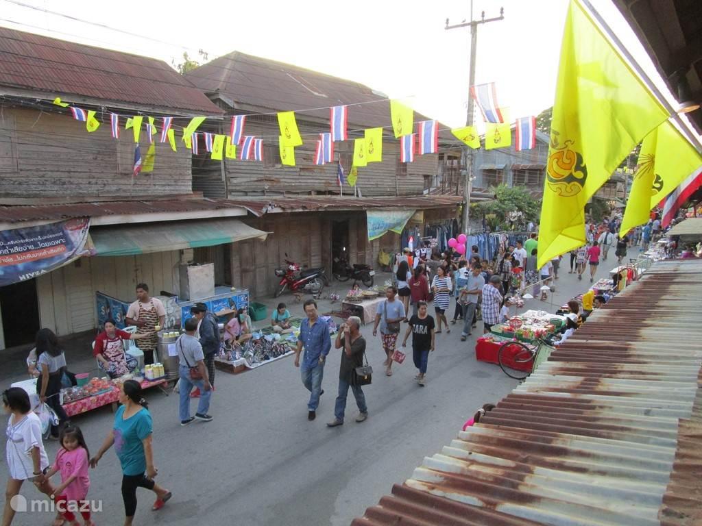 Pranburi walking street market. elke zaterdag.