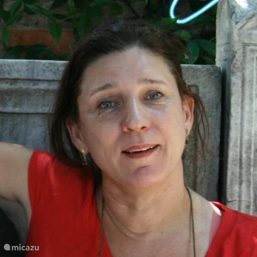 Rita Mertens