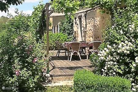 Vacation rental France, Nièvre, Ouroux-en-Morvan holiday house Maison d'haricot