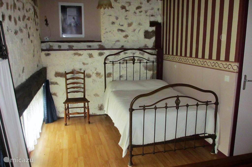 Eenpersoonsbed in slaapkamer II