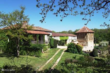 Vacation rental France, Lot-et-Garonne, Sérignac-sur-Garonne holiday house Place to be
