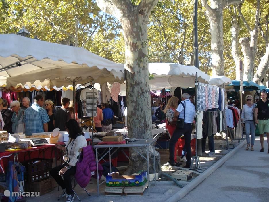 De markt in St Tropez