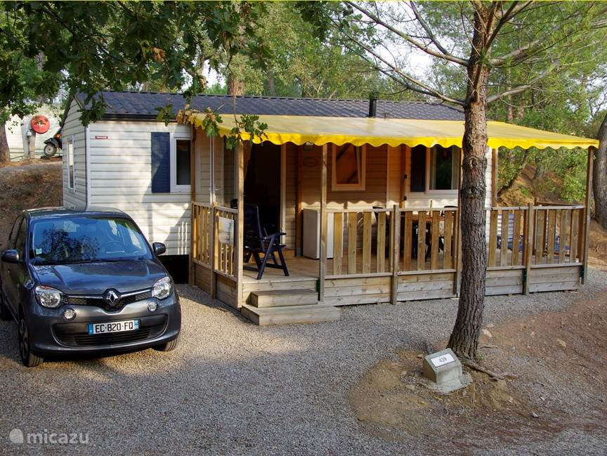 Mobile Home with car parking