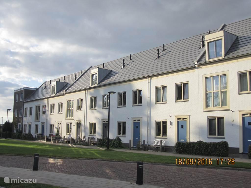 Vakantiehuis Nederland, Flevoland, Dronten Appartement Familieappartement Midden In Dronten