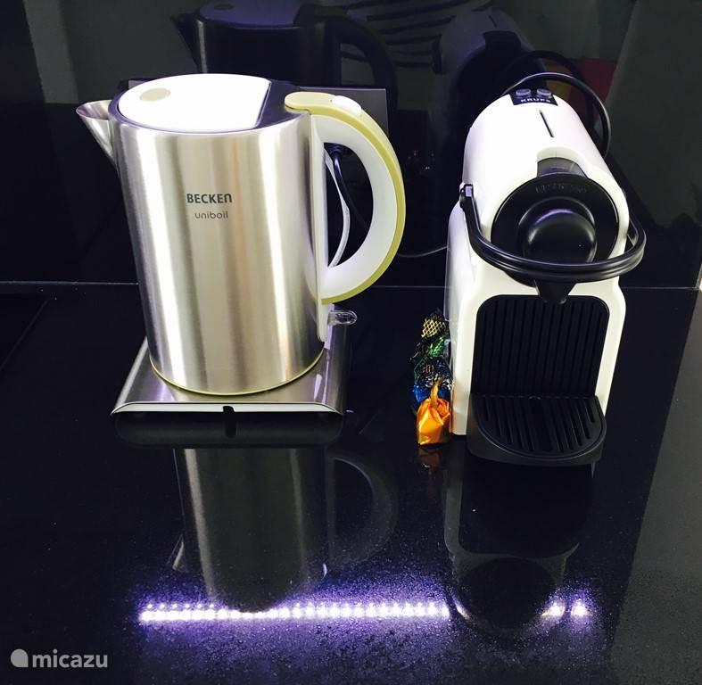 water koker met de Nespresso