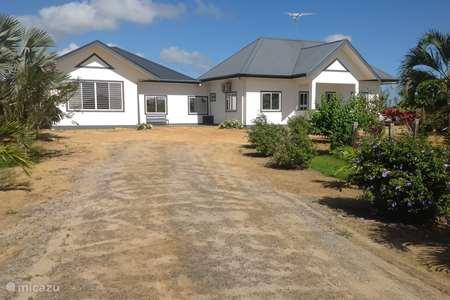 Vakantiehuis Suriname – vakantiehuis Buitenhof
