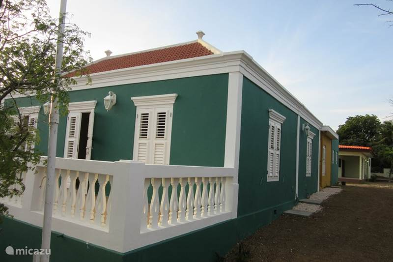 Vacation rental Curaçao, Banda Ariba (East), Cas Grandi Holiday house Monument Montagne Rey