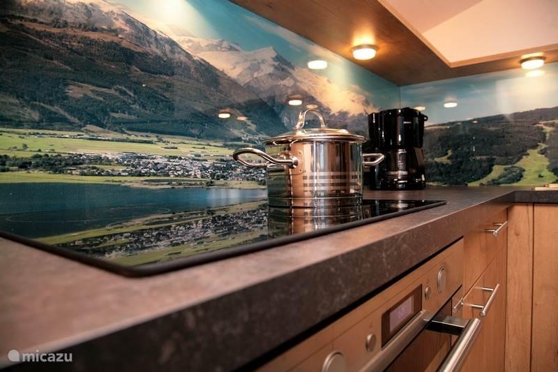 kitchen alm 1