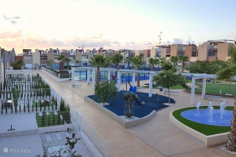Vakantiehuis Spanje, Costa Blanca, Torrevieja Penthouse Luxe Penthouse, Varudi 4.23