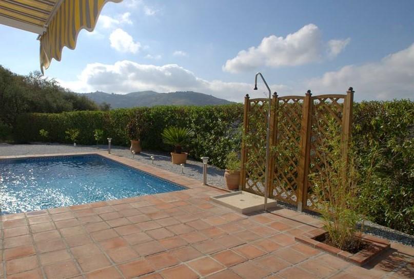 Introductiekorting 10% mrt t/m juni (min 7 dagen). Ontdek het prachtige achterland van Malaga! Rust en ruimte nabij schattige dorpjes.