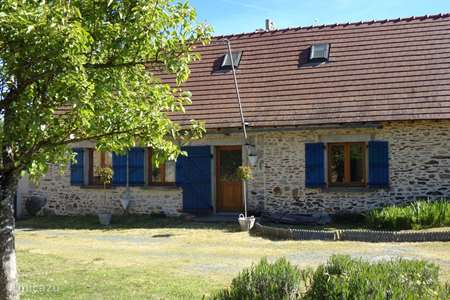 Vacation rental France, Haute-Vienne, Saint-Priest-Ligoure holiday house Champagnac