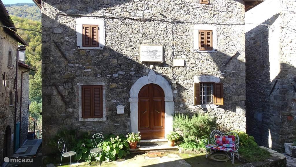 Vacation rental Italy, Tuscany, Vagli Sotto holiday house Casa di Sarah