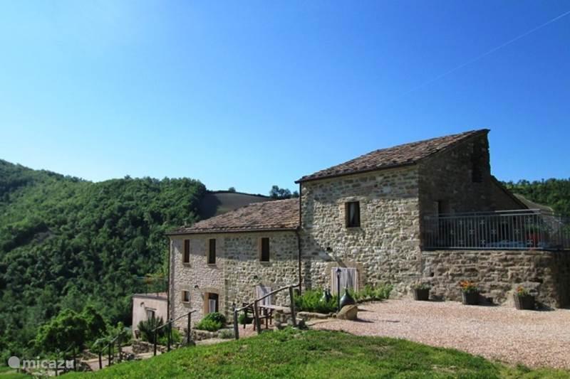 Vakantiehuis Italië, Marche, Pergola Appartement Agriturismo Carincone app Terra