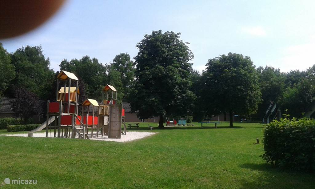 speeltuin D op park