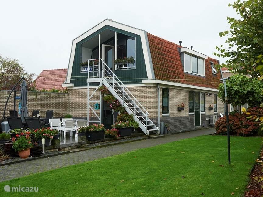 Vacation rental Netherlands, North Holland, The Ilp apartment Holidayhomedenilp