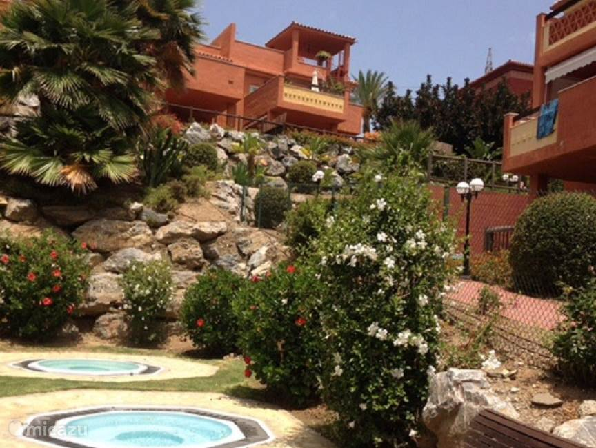 Appartement Reserva de Marbella met uitzicht op de binnentuin en het zwembad