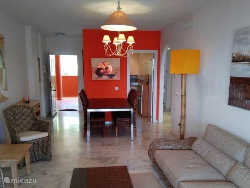 Woonkamer appartement Reserva de Marbella