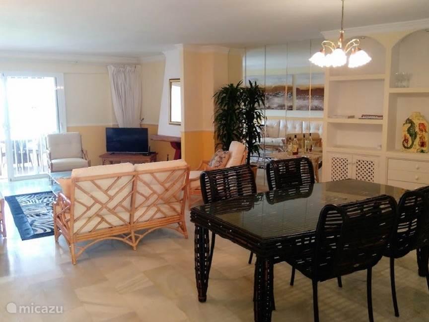 Eethoek en woonkamer appartement Playa de la Lucera I