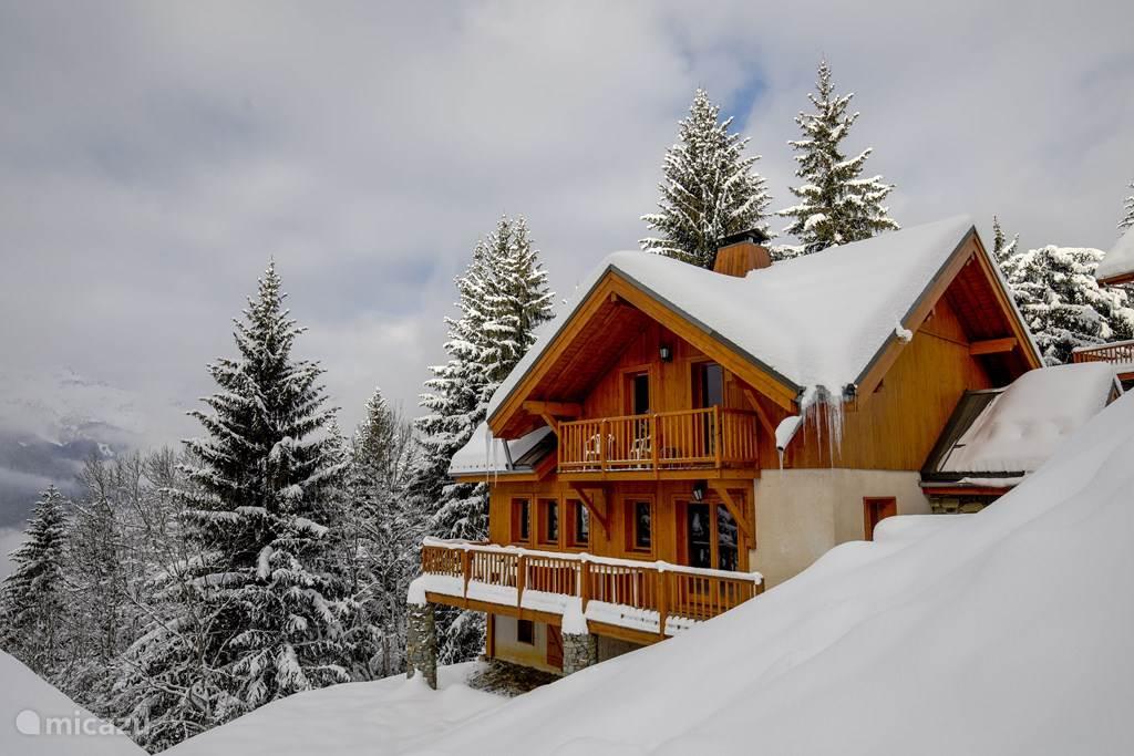 chalet in winterseizoen
