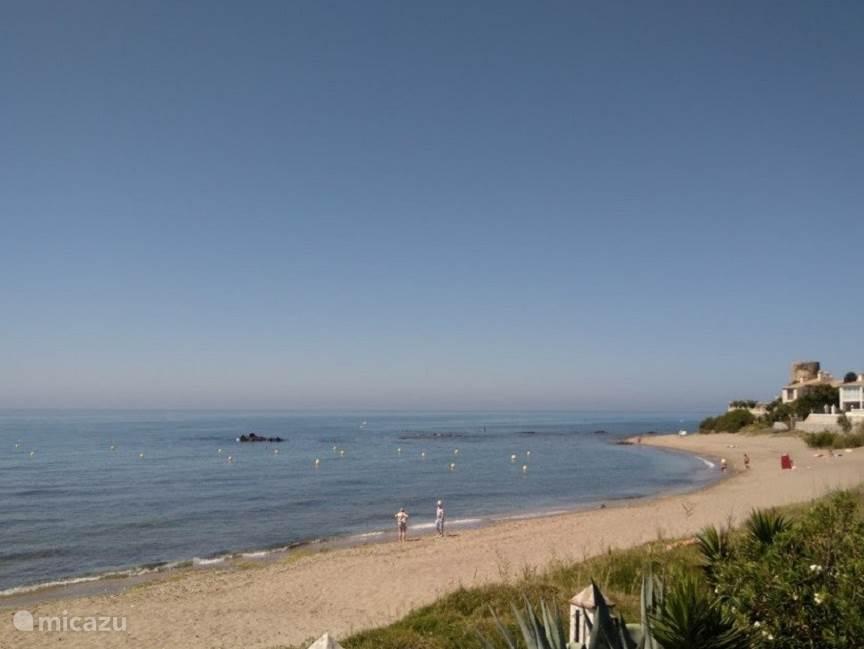 Aangrenzend strand appartement Playa de la Lucera II