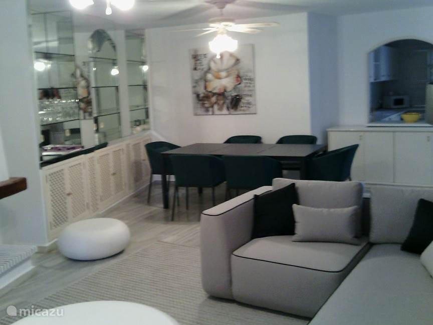 Woonkamer en eethoek  appartement Playa de la Lucera II