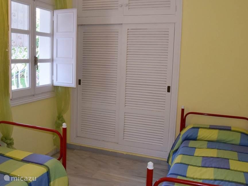 Slaapkamer 2  appartement Playa de la Lucera II
