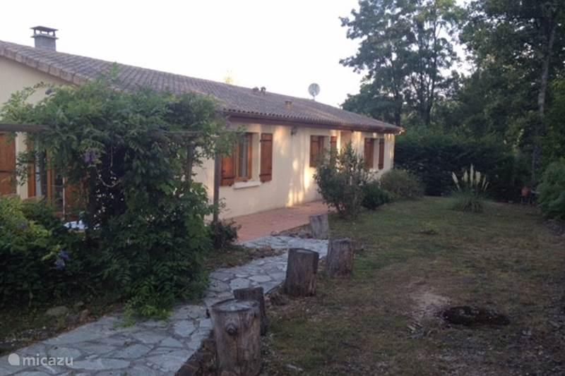 Vakantiehuis Frankrijk, Charente, Écuras Bungalow Village le Chat 181