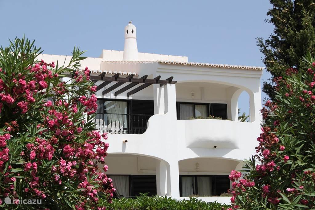 Vakantiehuis Portugal, Algarve, Alvor - appartement Mimosa, zonovergoten appartement