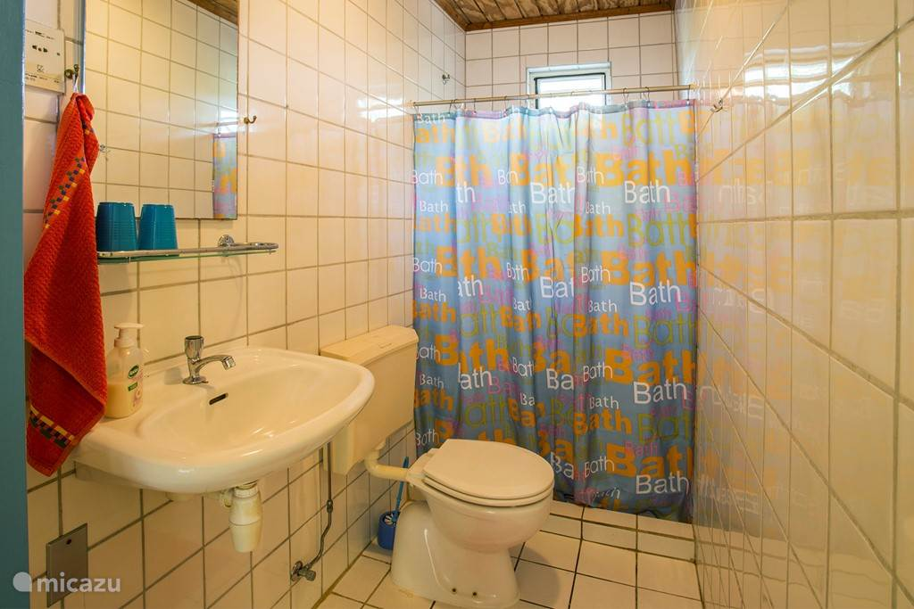 Bathroom apartments Wabi and Mahok