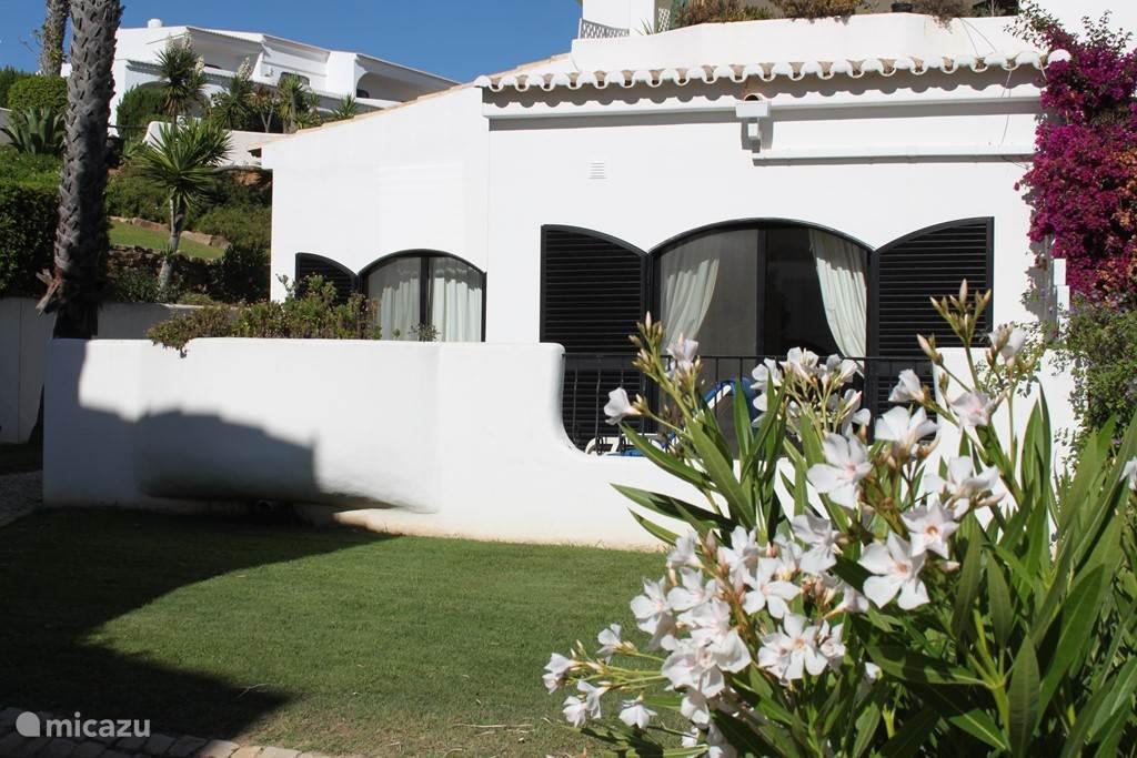 Vakantiehuis Portugal, Algarve, Alvor - appartement Hibisco, zonovergoten genieten