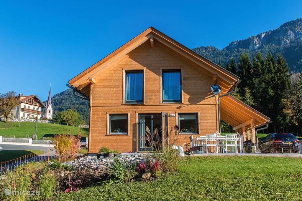 Vakantiehuis Oostenrijk, Karinthië, Kötschach-Mauthen chalet Chalet Vlinder