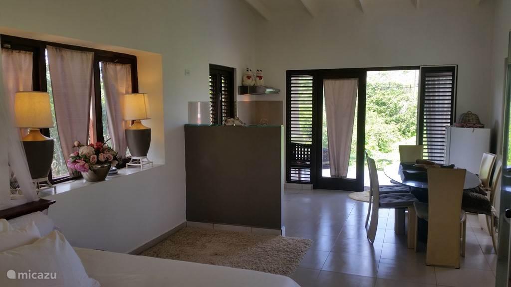 Vacation rental Curaçao, Banda Abou (West), Jan Donker - studio Studio Rust en Pad