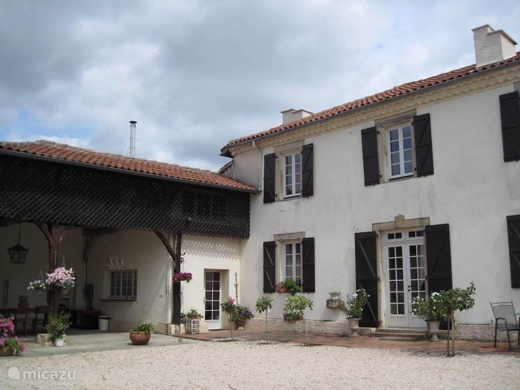 Vacation rental France, Gers, Gaujan  gîte / cottage Le Blaireau
