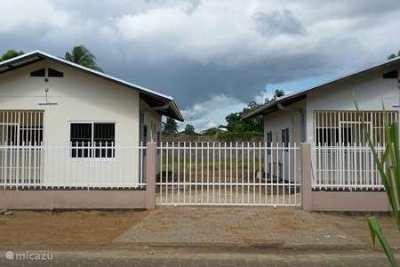 Vakantiehuis Suriname – bungalow Possentrie