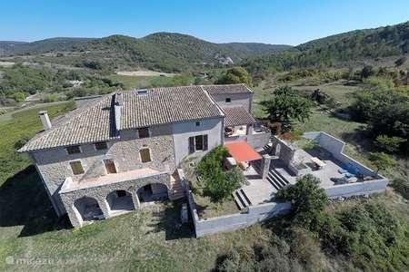 Vakantiehuis Frankrijk, Ardèche, Saint-Thomé appartement De boerderij, St. Thomé