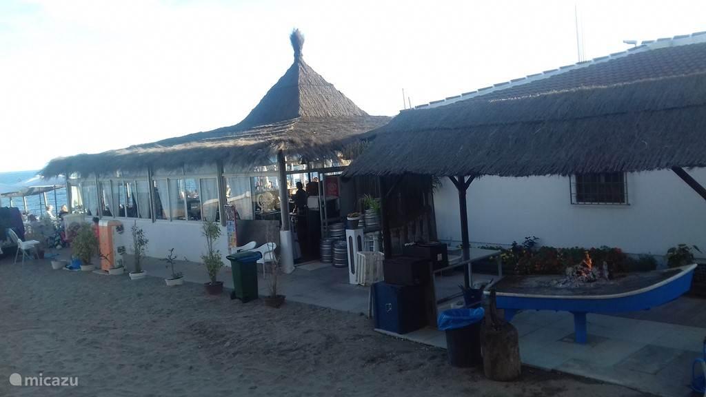 La Luna beach restaurant