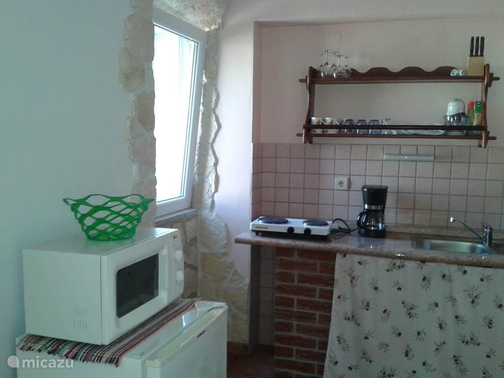 Kitchen Ap 1