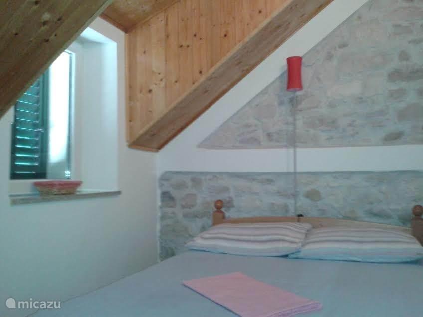 2 bedroom Ap