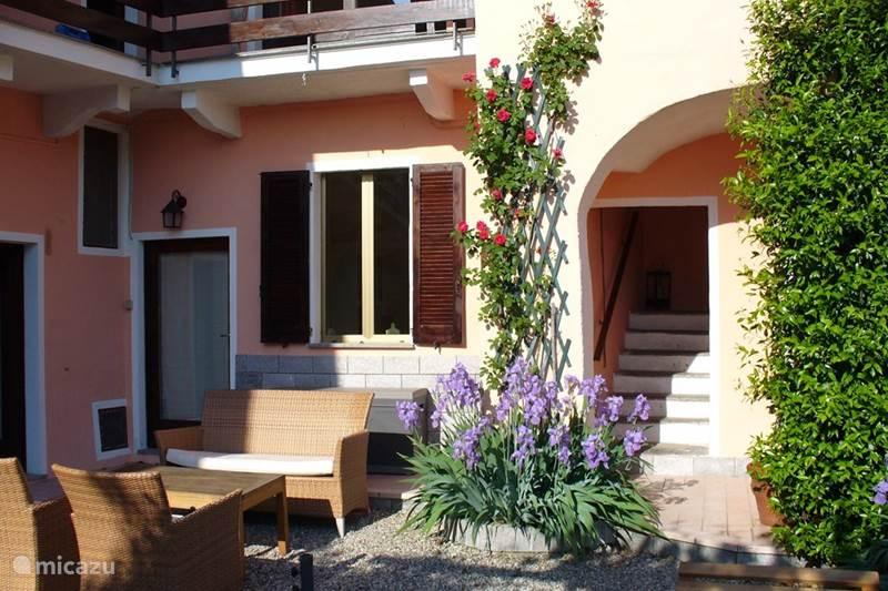 Vakantiehuis Italië, Lago Maggiore, Castelveccana Vakantiehuis Casa Elefante