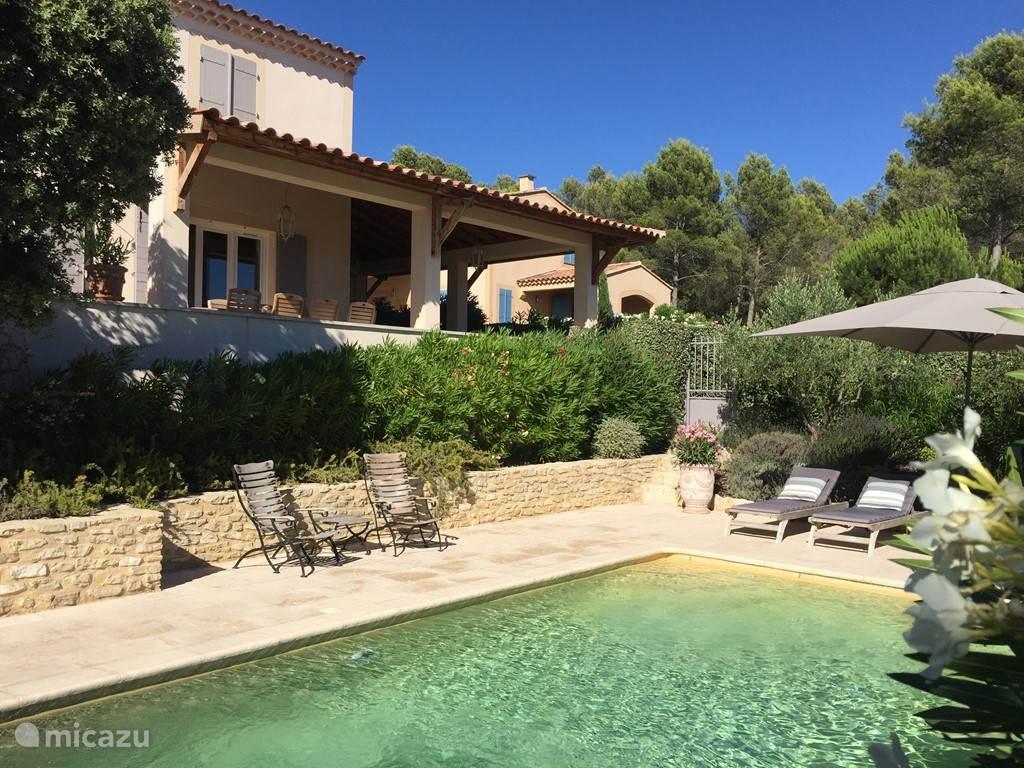 Vacation rental France, Provence, Saumane de Vaucluse villa Les Demeures du Luc Villa 308